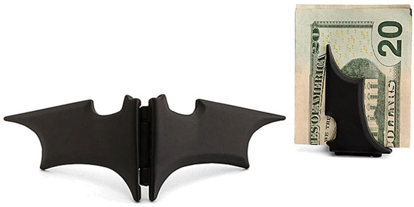 Batman-Batarang-Money-Clip