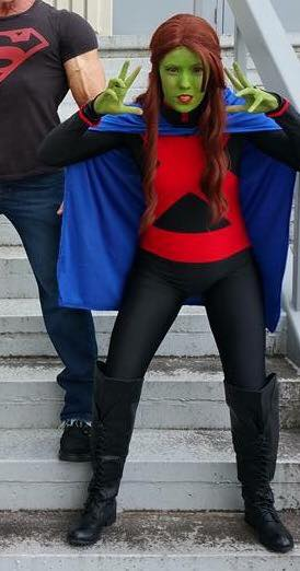 IG: @babsthebat5826 FB: https://www.facebook.com/ashley.gilbert.948 She was my very first cosplay and I'm excited to take this design and tweak it. I'm excited for all the cosplays I'm planning for 2017 including a new version of M'Gann. It has brought me out of my shell and now I'm also making my own costumes.