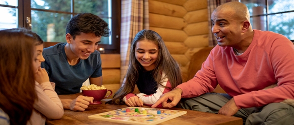 happy_family_playing_board_games.jpg
